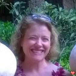 Lizzy40, Honolulu, Hawaii, United States